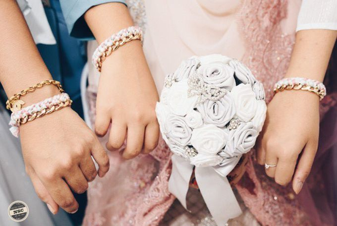 Silver Bridesmaids Bracelets to add sparkle to your bridesmaids'