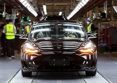 Tesla reports 499,550 vehicle deliveries for 2020, slightly missing target
