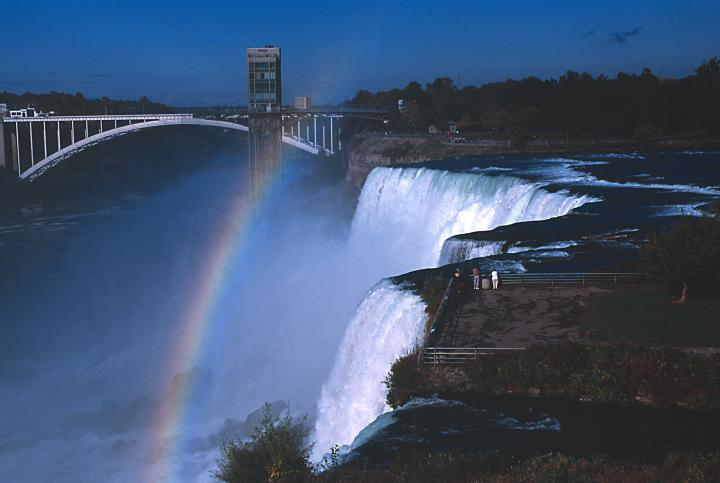 1-Day Guided Tour to Niagara Falls from New York (Roundtrip Airfare Included)