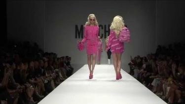 Moschino Spring\/Summer 2015 Fashion Show